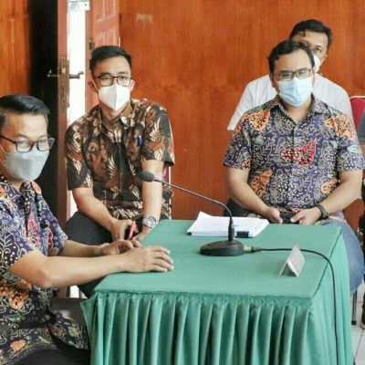 Sidang SIP, LSM LAI Ngotot Minta Semen Padang Terbuka